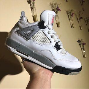 Nike Air Jordan 4 Retro 'CEMENT' OG bowling green